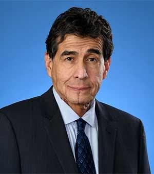 Robert Garcia, MD